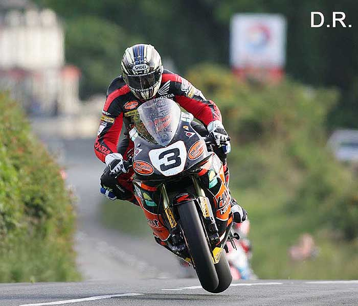 Road Races & TT - Page 3 John2-mc-guiness2007