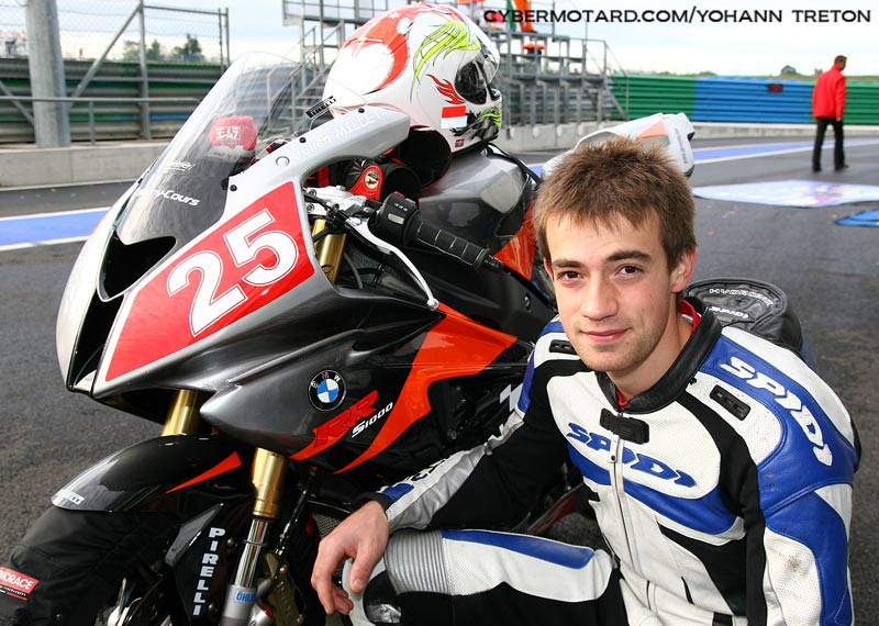 Julien Millet sur la BMW d'Up Racing