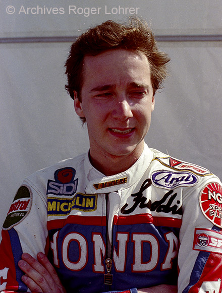 Freddie Spencer en 1984, au temps de sa splendeur comme pilote officiel Honda.