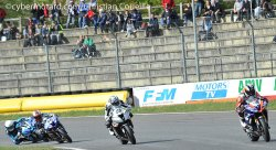 Baston pour la place d'honneur en supersport 1