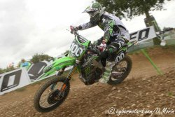 Tommy Searle rate l'occasion de l'emporter