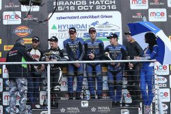 Podium F2 seconde course de Brands Hatch