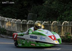 Molyneux/Farrance ultra favoris en side-car