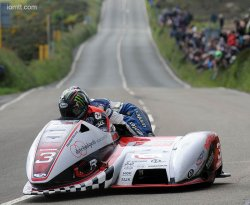 Reeves/Sayle de dangereux concurrents en side